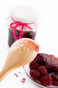 Free Spoon With Blackberry Jam Royalty Free Stock Image - 18989776