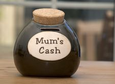 Free Mums Cash Stock Photos - 193963