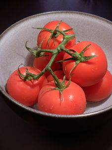 Free Red Tomatoes In Bowl Royalty Free Stock Photos - 197708