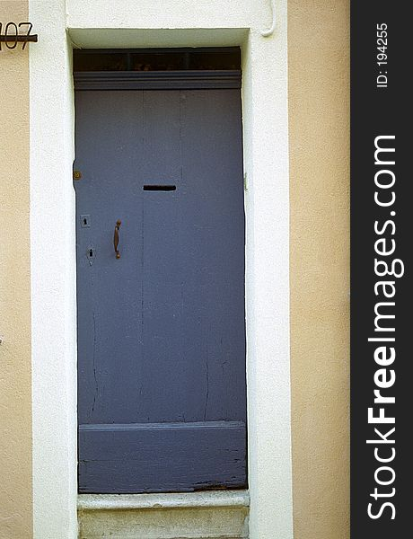 Door, France 25