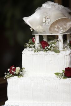 Free Top Of A Wedding Cake Royalty Free Stock Photo - 1900805