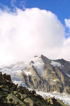 Free Summit - Alpine View Stock Photos - 1902793