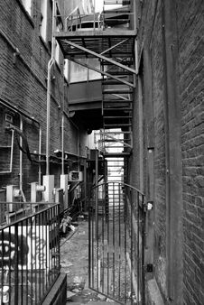 Free Old Alley Royalty Free Stock Image - 19016316