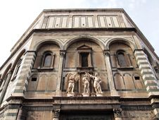 Free The Facade Of Cathedral Santa Maria Del Fiore Royalty Free Stock Images - 19016799
