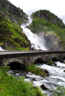 Free Latefossen Waterfall Royalty Free Stock Photography - 19019447