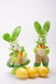 Free Green Bunnies Couple With Eggs Stock Photography - 19019642