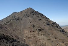 Free Roadway In The High Atlas Montains Royalty Free Stock Images - 19030579