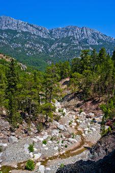 Free Wild Mountain Canyon Royalty Free Stock Image - 19034536