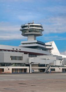 Free Control Tower Of The Airport Stock Photo - 19036450