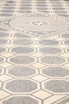 Free Ancient Floor Pattern Royalty Free Stock Image - 19036566