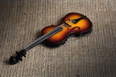 Free Violin Royalty Free Stock Images - 19037159