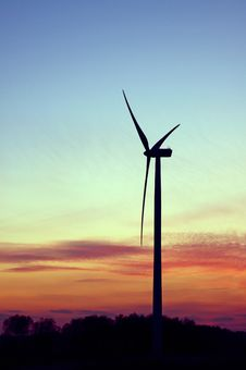 Free Wind Farm At Sunset Royalty Free Stock Image - 19039016