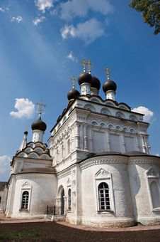 Free Orthodox Christian Church In Russia Royalty Free Stock Photography - 19040667