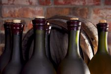 Free Barrel And A Bottle Of Wine Stock Image - 19045211