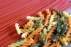 Free Spaghetti And Fusilli Royalty Free Stock Photo - 19045405