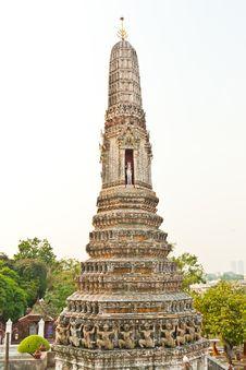 Free White Pagoda Stock Photography - 19045552