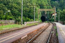 Free Railway Tunnel Royalty Free Stock Photo - 19046525