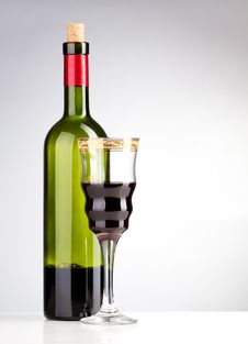 Free Wine Bottle And Wineglass Stock Photos - 19046903