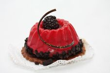 Free Red Fruitcake With Bramble Decoration Royalty Free Stock Images - 19048059