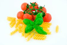 Free Pasta Tomato Basil Royalty Free Stock Photo - 19049095