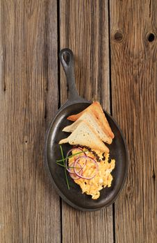 Free Scrambled Eggs And Toast Royalty Free Stock Photo - 19049825