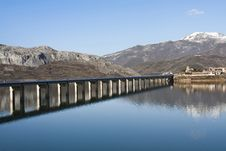 Free Reservoir Riaño Royalty Free Stock Images - 19050069