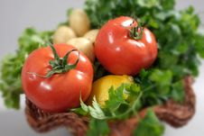 Free Tomatoes In A Basket Stock Image - 19050241