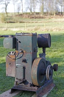 Free Old Stationary Engine Royalty Free Stock Images - 19052929