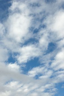 Free Blue Sky With White Clouds Stock Images - 19055164