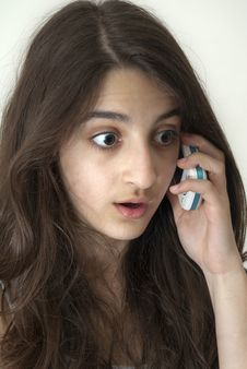 Free Surprised Girl On The Phone Stock Images - 19061814