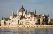 Free The Hungarian Parliament Royalty Free Stock Photos - 19067798