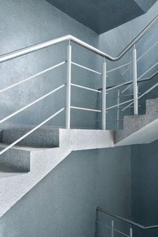 Free Empty Stairway Royalty Free Stock Photography - 19068217