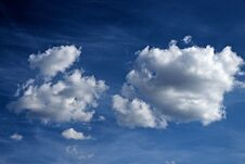 Free Fluffy Clouds Stock Image - 190676451