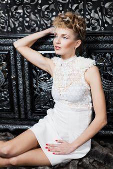 Free White Dress Stock Image - 19070881