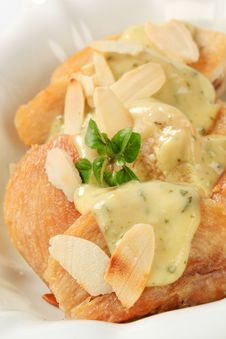 Roasted Chicken With Herb Sauce And Almonds Royalty Free Stock Images