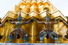 Free Guardian Statue At Wat Phra Kaew Stock Photography - 19071582