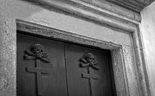 Free Crypt Entrance In Vecchio Stock Photos - 19080833