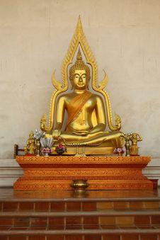 Free Golden Buddha Royalty Free Stock Photography - 19081057