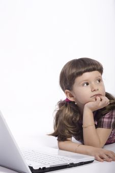 Free Young Girl With Computer Royalty Free Stock Images - 19085689