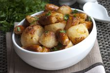 Free Sausages With Roast Potatoes Royalty Free Stock Photography - 19088157