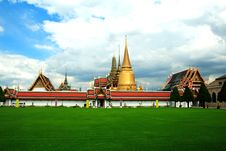Free The Emerald Buddha Temple Royalty Free Stock Photography - 19088707