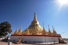 Free Golden Shwedagon Pagoda Royalty Free Stock Photos - 19089918