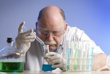 Free Scientist Working With Chemicals Royalty Free Stock Photography - 19089977