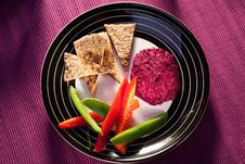 Free Beetroot Humus With Whole Wheat Pita Bread Stock Image - 19093911