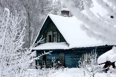 Free Snowy House Royalty Free Stock Photo - 19096125