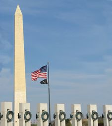 WWII Memorial With The Washington Monument Stock Photo