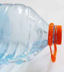 Free Water And Bottle Royalty Free Stock Photos - 19099968