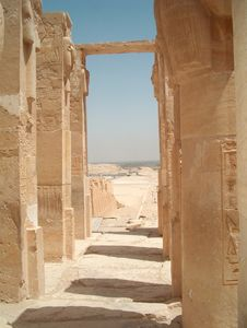 Free Luxor Temple Royalty Free Stock Photography - 1911697