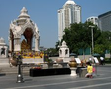 Free Bangkok, Religious Shrine Royalty Free Stock Image - 1916816