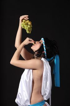 Free Ancient Greece Woman With A Bunch Of Grapes Royalty Free Stock Image - 19106066